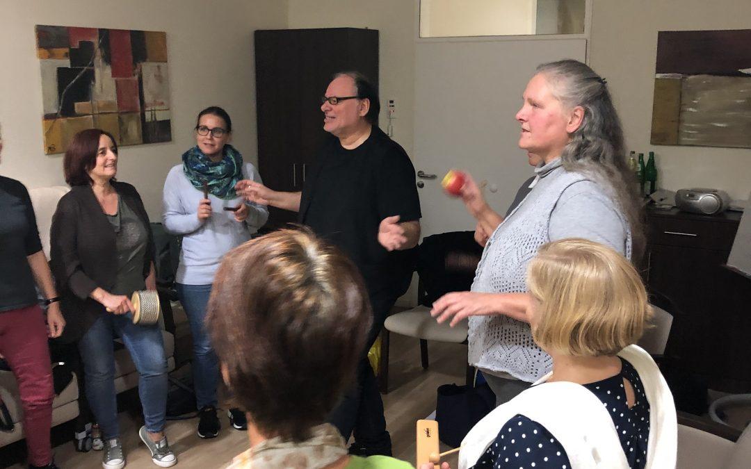 Neues Kursangebot der Alzheimer Gesellschaft im Bergischen Land e.V. – Schulung zum/zur Demenzbegleiter/Betreuungskraft nach § 45a nach SGB X1